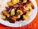 Рецепта Тиквички и патладжани на тиган с мариновани сушени домати